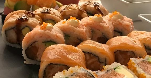 Tri S Open Sushi: Wide Variety